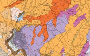 Particolare della carta geologica dell'Etna da cui possiamo vedere le ultime propaggini della colata del 1610 (in arancio) verso Adernò